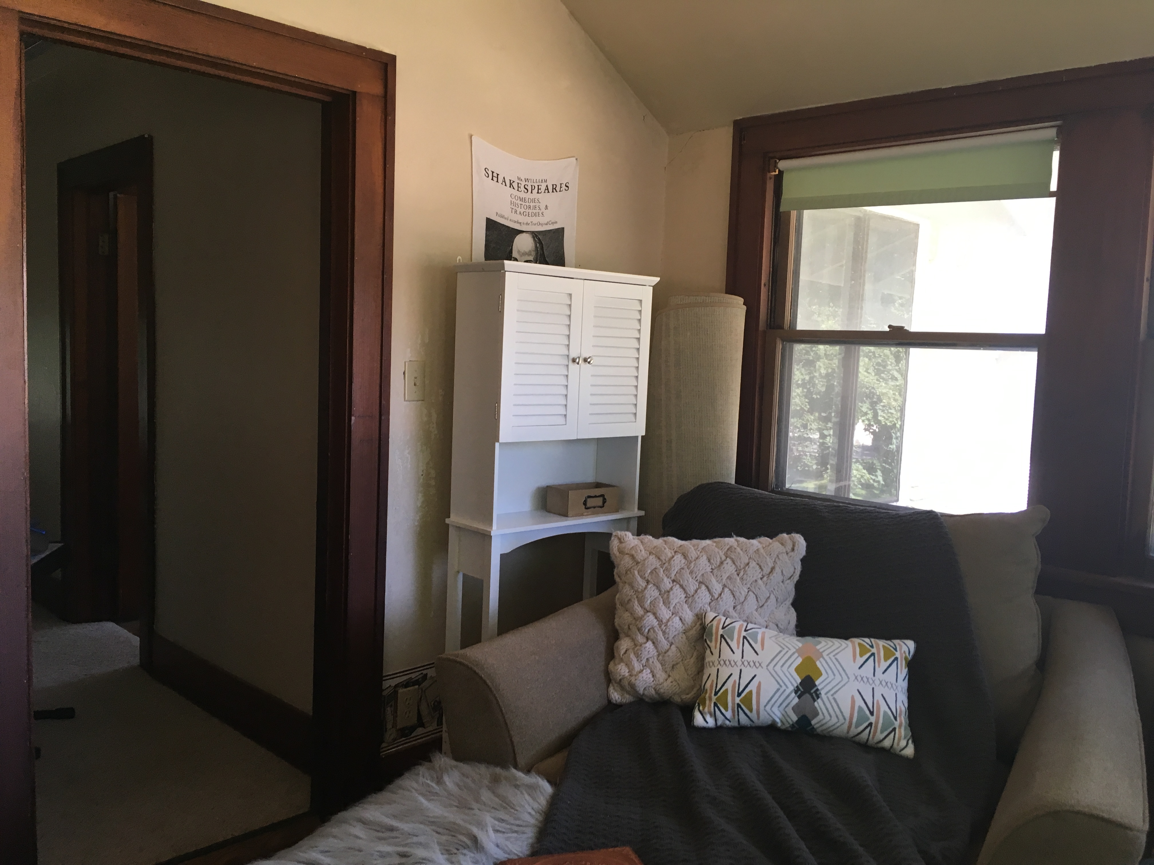 Sunroom Before- One Room Challenge